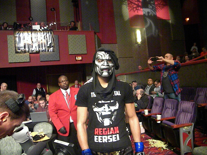 Regian Eersel's memorable entrance at Lion Fight 33 in CT