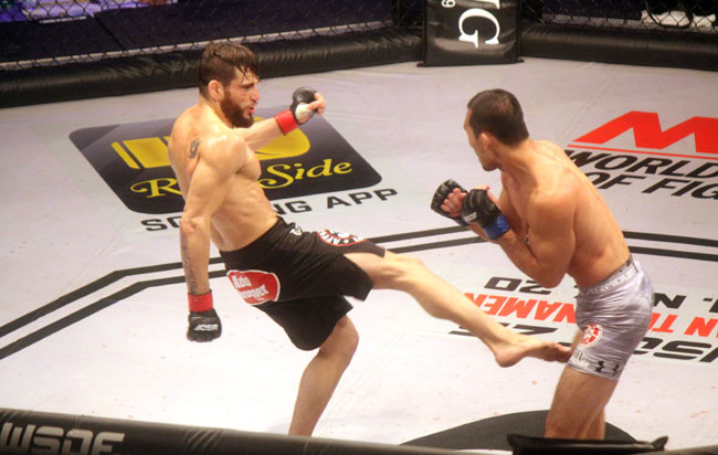 John Fitch, left, and Yushin Okami compete in the main event at Foxwoods on Oct. 17.